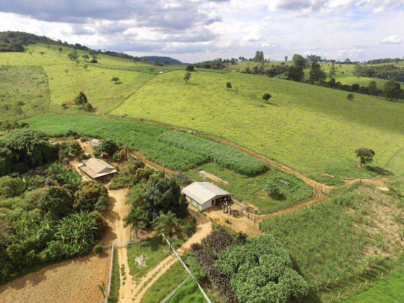 Fazenda, 4 Quartos, 1 Suíte