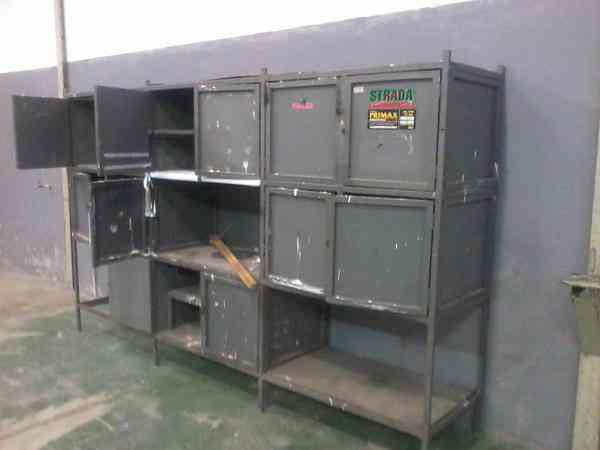 Fábrica de Portas de Armário e Divisórias de Ambiente. Tudo em Vidro e Aluminio.