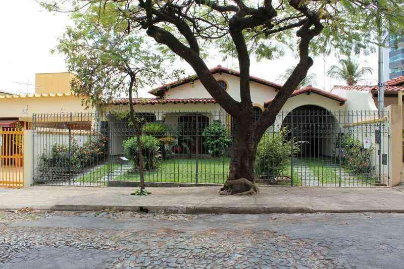 Casa, Ouro Preto, 4 Quartos, 4 Vagas, 2 Suítes