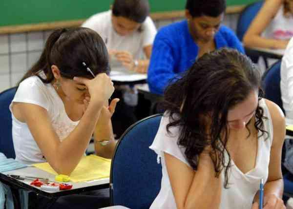 Estude Sem Pagar Nada, Consigo Vagas em Vários Cursos Na Faculdades Publica Sem Custos Fone Watsapp 79 998230420 Realize Seu Sonho Agora.