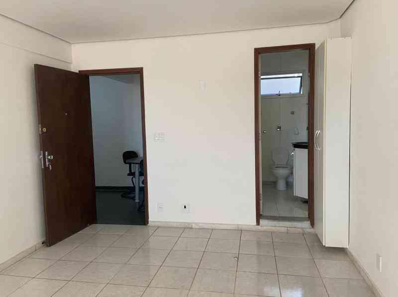 Sala, São José (pampulha)
