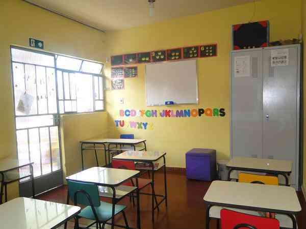Vendo Escola de Educação Infantil