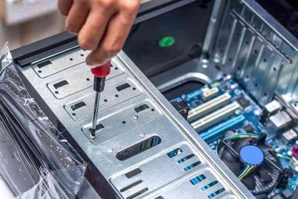 Manutenção em Computadores e Formatação Micros