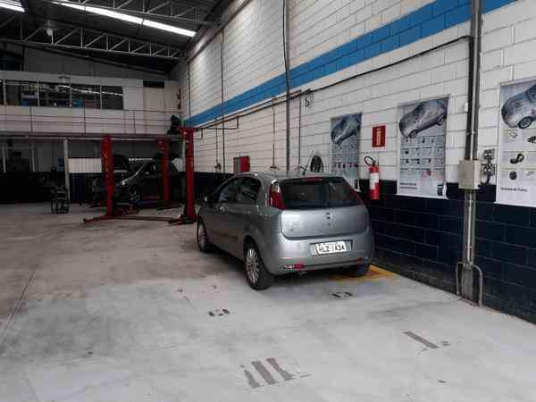 Mecânico de Automóveis